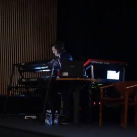 Koncert muzyki elektronicznej